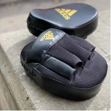 Боксерские лапы Adidas curved speed mesh черно-золотые