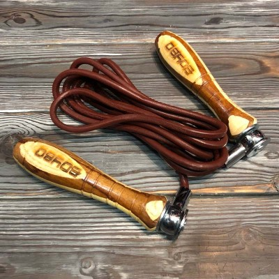 Скакалка кожаная BoyBo деревянные ручки утяжеленная (460 г) в наличии в магазине Сайд-Степ