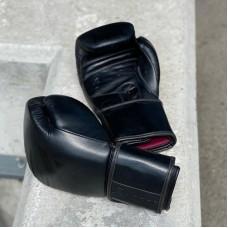 Боксерские перчатки Infinite Force black devil