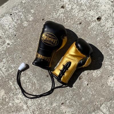 Перчатки Leaders сувенирные черно-золотые в наличии в магазине Сайд-Степ