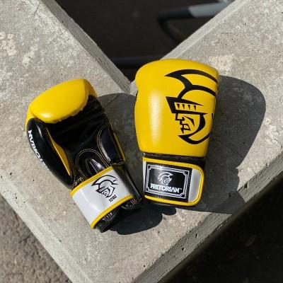 Боксерские перчатки Pretorian желтые   Сайд-Степ
