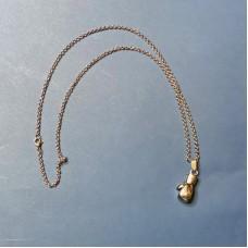 Сувенирный кулон с цепочкой боксерская перчатка серебристая (21*13)