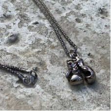 Сувенирный кулон с цепочкой боксерские перчатки mini black
